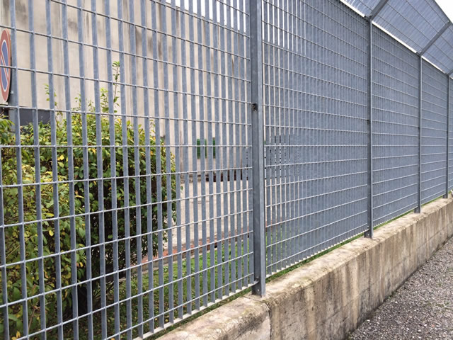 Steel Grating Fence Features And Standards Steel Grating